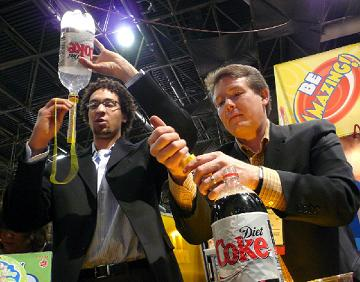 steve spangler diet coke mentos demo